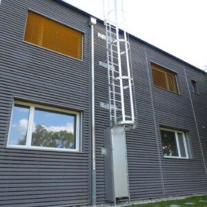 Fassadenleiter für Asylunterkunft
