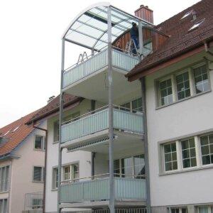 Glasvordach für Haus