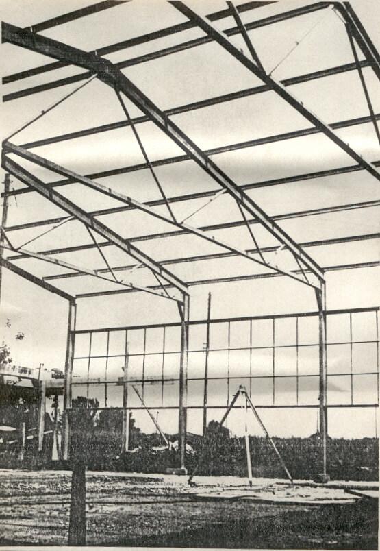 2-Stahlträger und Seitenwände