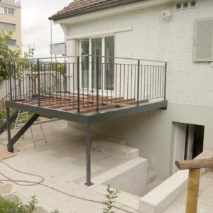 Stahlbau für neue Terrasse